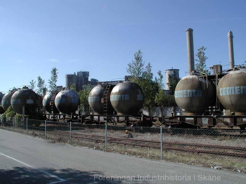 Limhamn f d cementfabriken jvg vagnar 030905 05