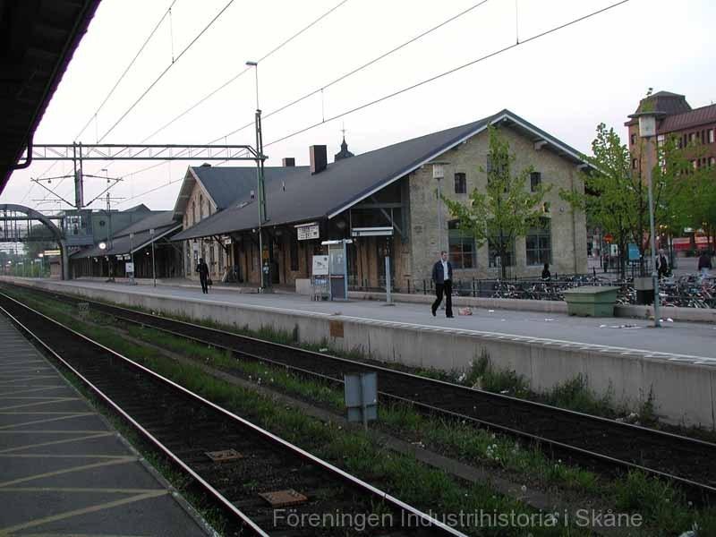 Lunds station 030519 02 godsmagasinet