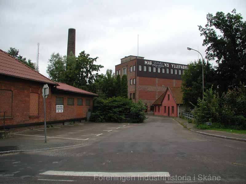 Marieholms f d yllefabrik 040803 01
